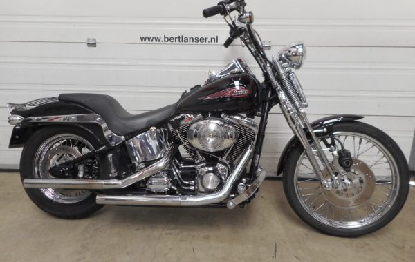 HARLEY DAVIDSON SOFTAIL SPRINGER FXSTS 1450